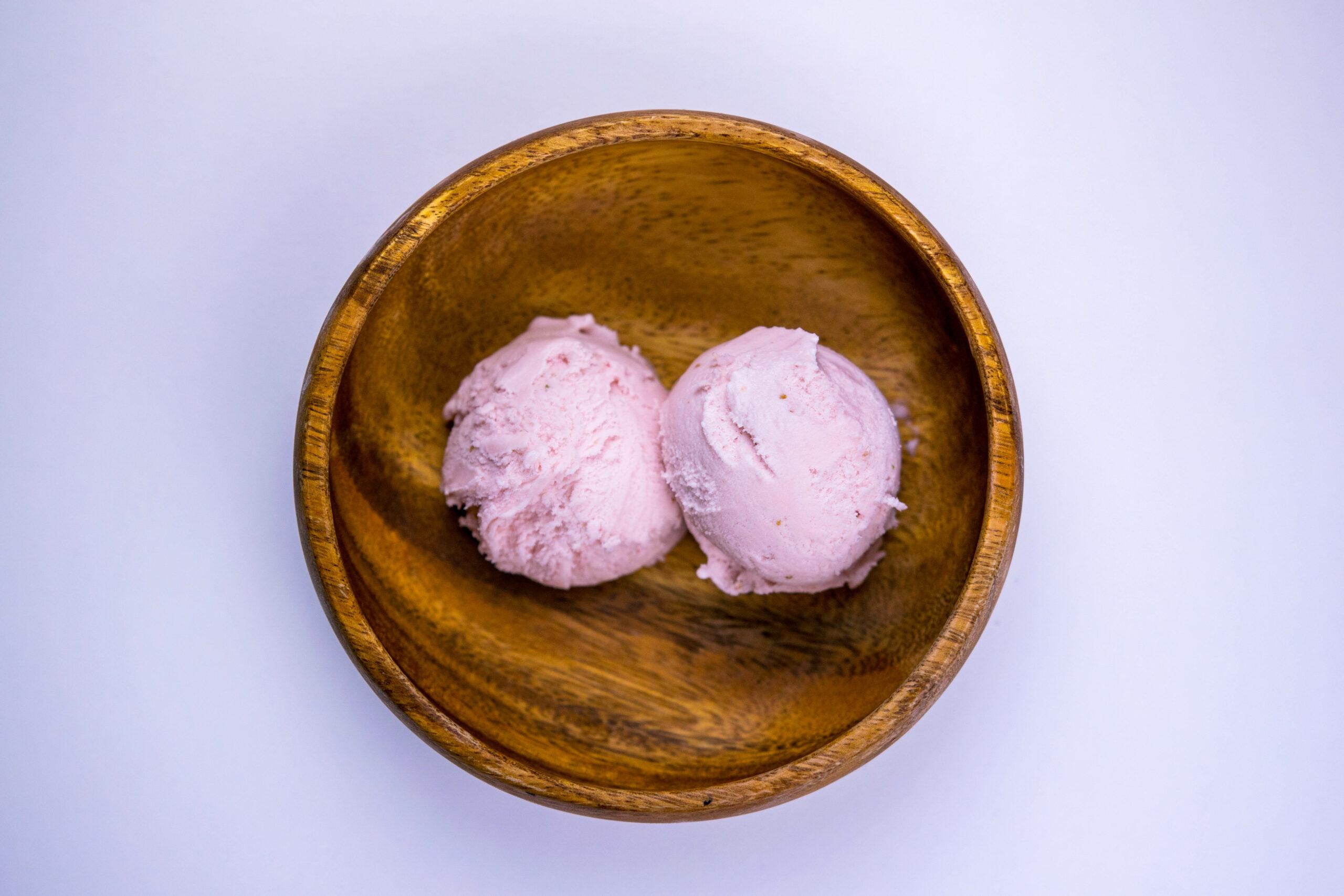 helado fresas con yogur